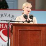 Речь Джоан Роулинг перед выпускниками Гарварда (J. K. Rowling speaks at Harvard commencement) и перевод наиболее интересных цитат
